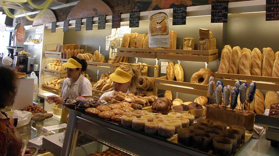 Ψωμί για τρεις ημέρες θα φουρνίσουν το Μεγάλο Σάββατο τα αρτοποιεία