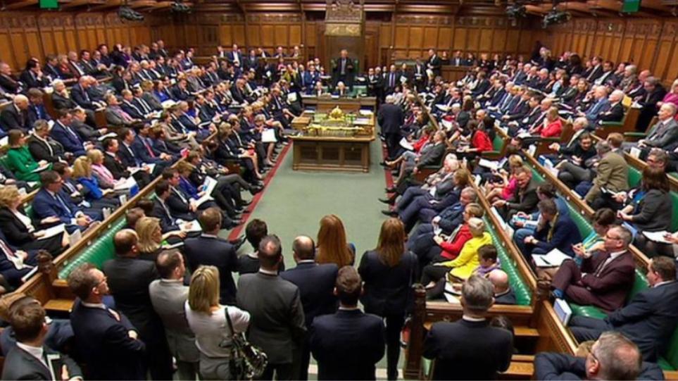 Βρετανία: Η πρωθυπουργός Τ. Μέι θα ενημερώσει τη Βουλή για τις συνομιλίες της για το Brexit
