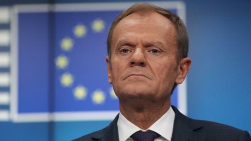 Ο Ντ. Τουσκ κάνει λόγο για την πιθανότητα μακράς παράτασης του Brexit